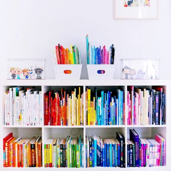display books by color for design