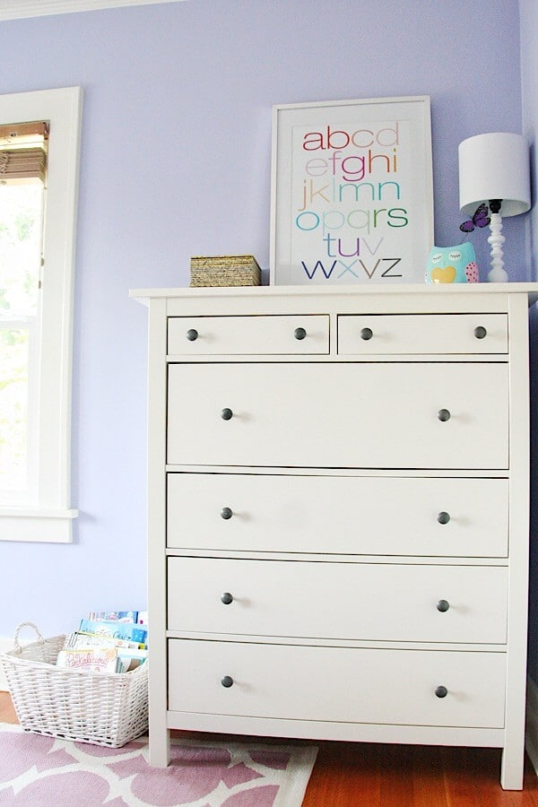Girls Room Decor : A bright and happy oasis!
