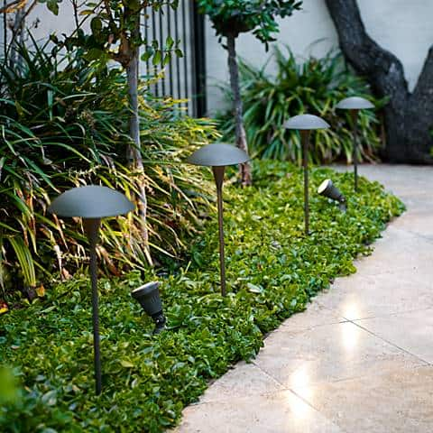Mushroom lights for your landscaping