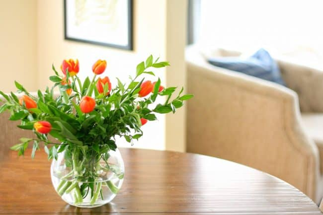 Simple and inexpensive fall flower arrangements
