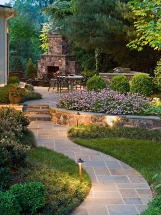 Concrete Walkway Project : Ideas and Inspiration for your Landscaping