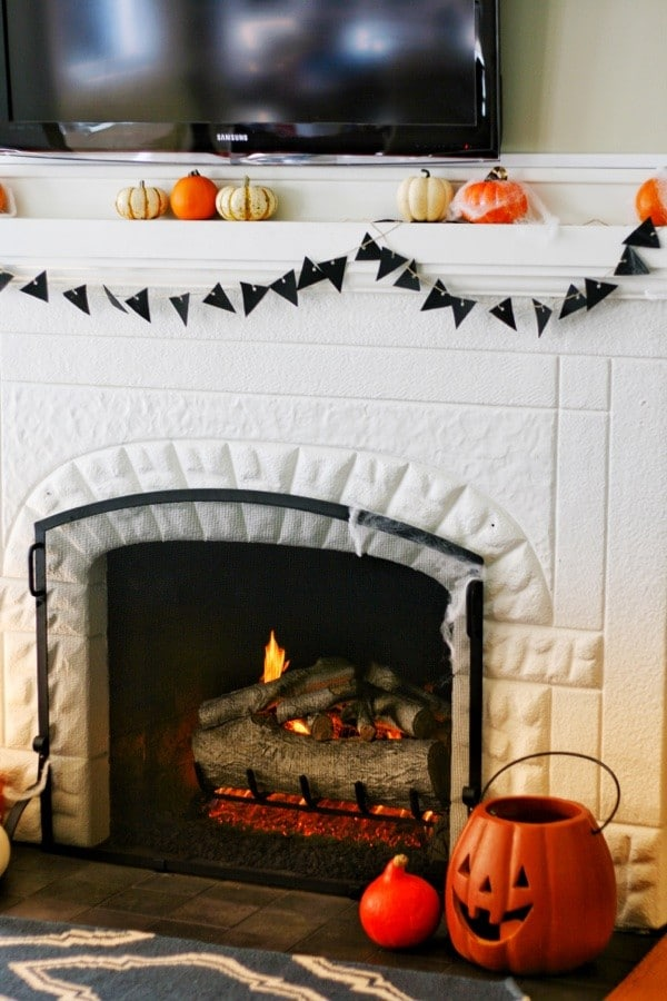 Attach the banner to your fireplace or where ever you need a touch of Halloween!