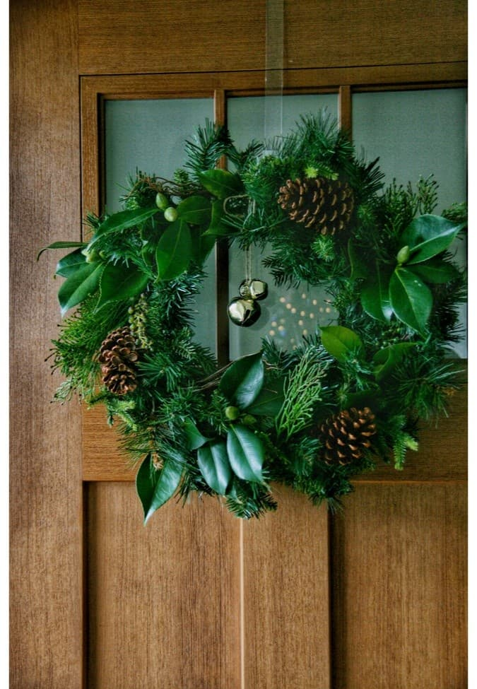 Christmas wreath on a front door.