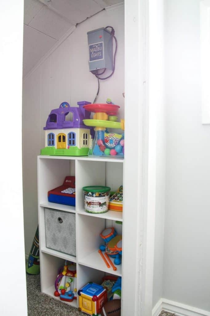 Try to keep some toys out of bins and super accessible to kids by displaying them on shelves
