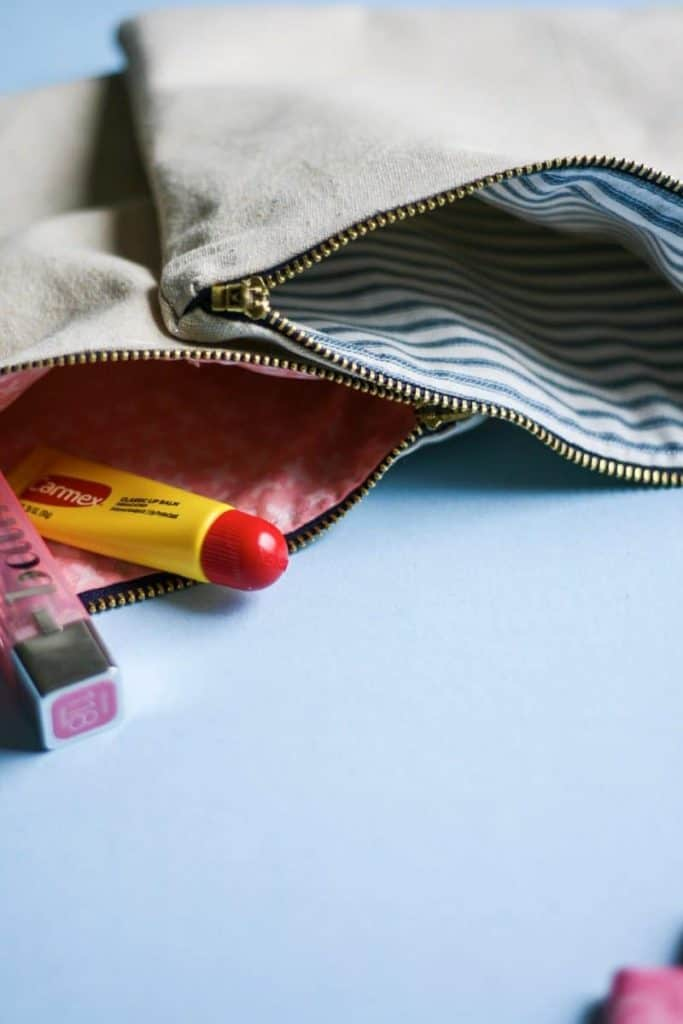 DIY Zipper Pouch with Lining