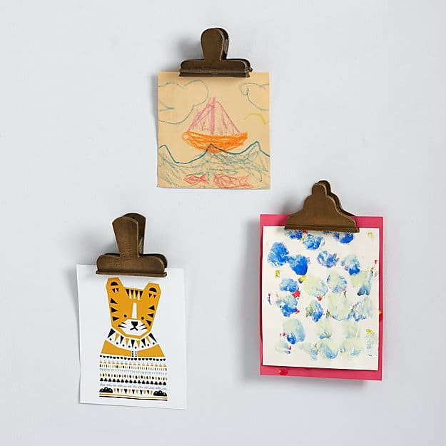Gallery style artwork clips