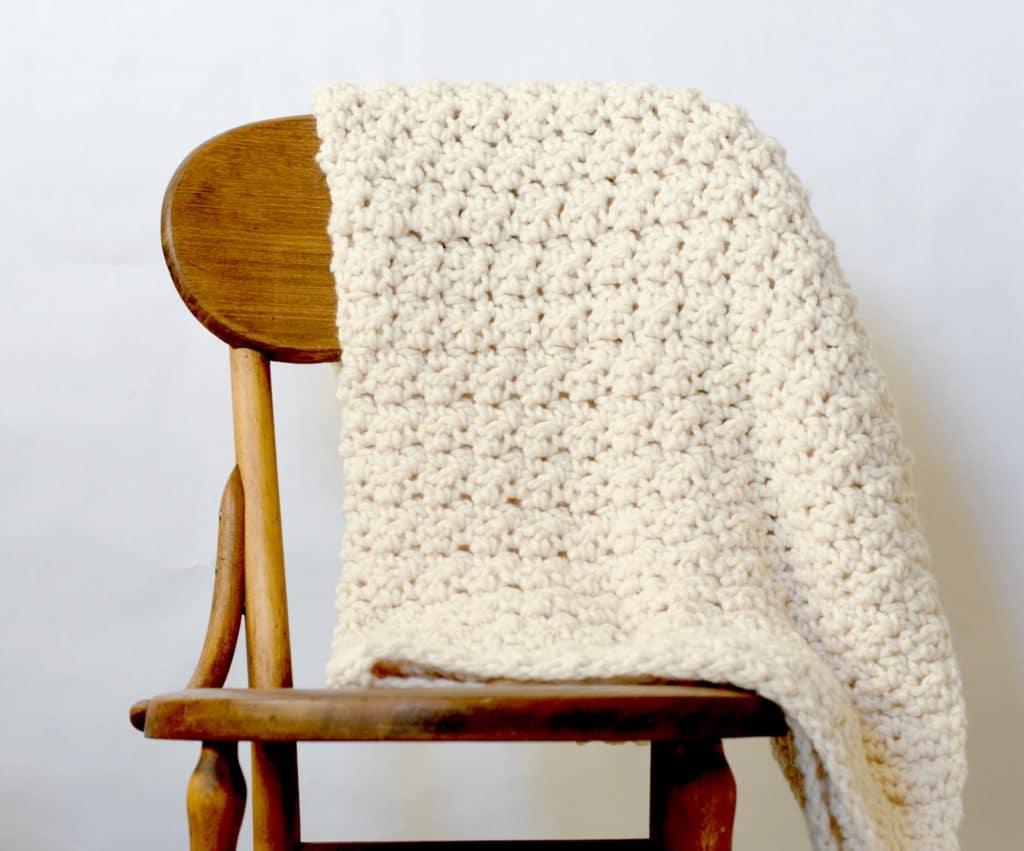 Crochet a beautiful blanket