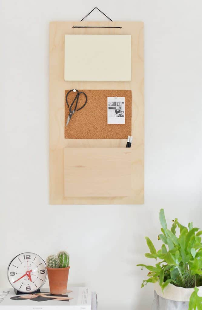 DIY Wall Organizers are a fantastic way to get rid of the paper and mail clutter that might be taking over your countertops and tables.  They are stylish and easy to make! Here are six really cool diy wall organizers.