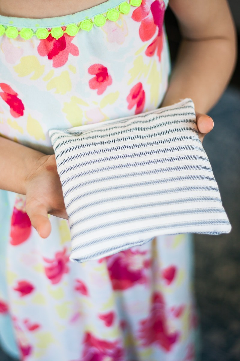 DIY Scented Sachets With Rice And