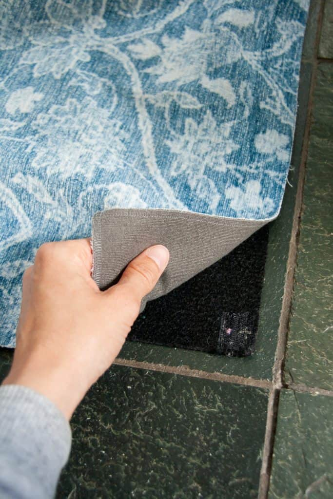 5 Best Washable Rugs for Your Home (2020) - A roundup of the best machine washable rugs.
