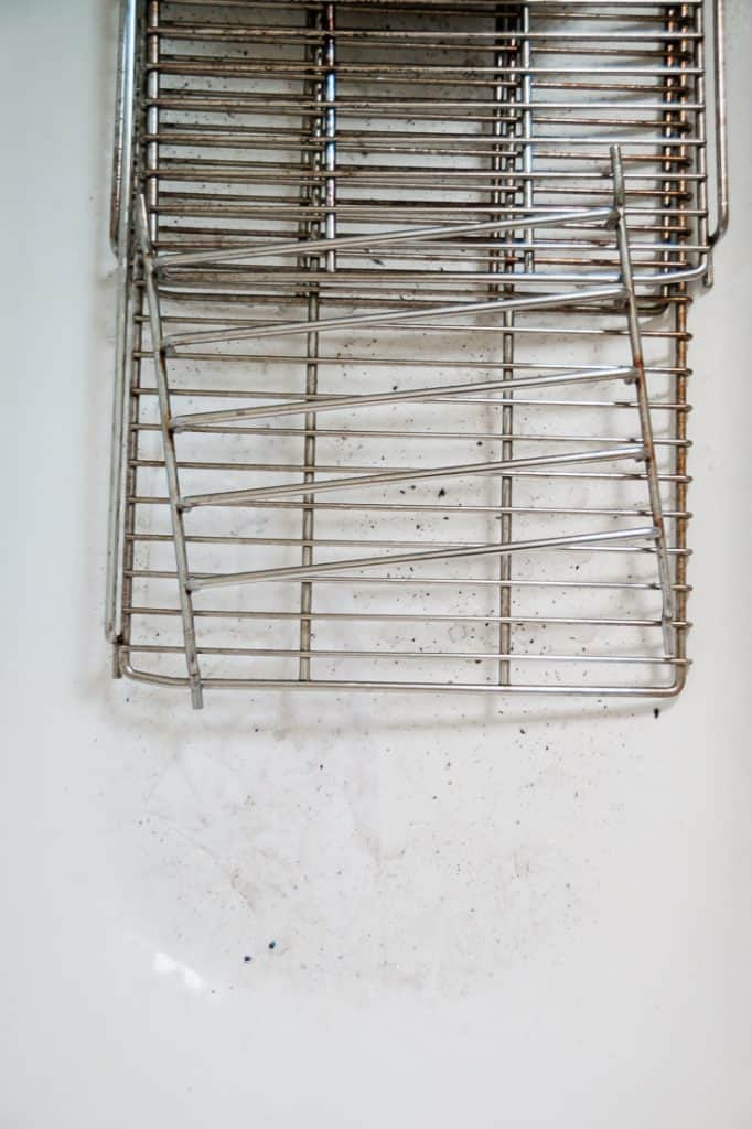 I have been searching high and low for easy solutions on how to clean oven racks.  This method will take some time and a bit of elbow grease, but it's worth it!  And the best part is, you probably have everything you need sitting in your house somewhere right now.