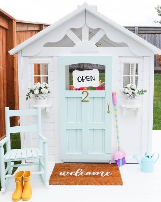 Stunning Playhouse Makeovers!