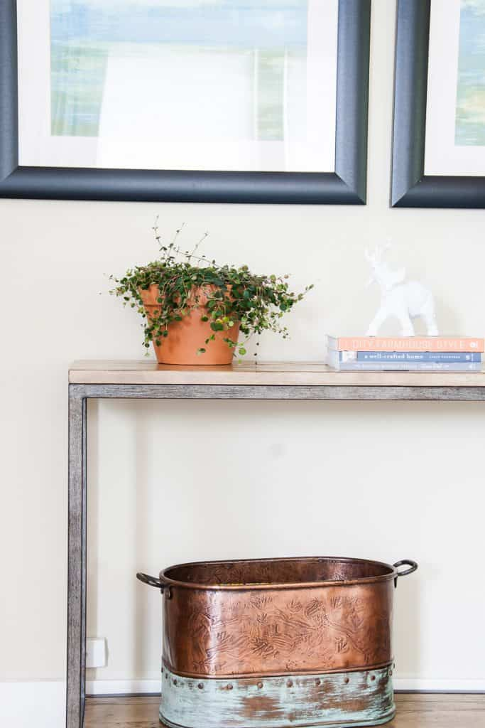 Upcycling old items can transform something ordinary into something that will perfectly suit your style and space. And not only that, but it can save you tons of money! It's so easy to do with this simple tutorial.
