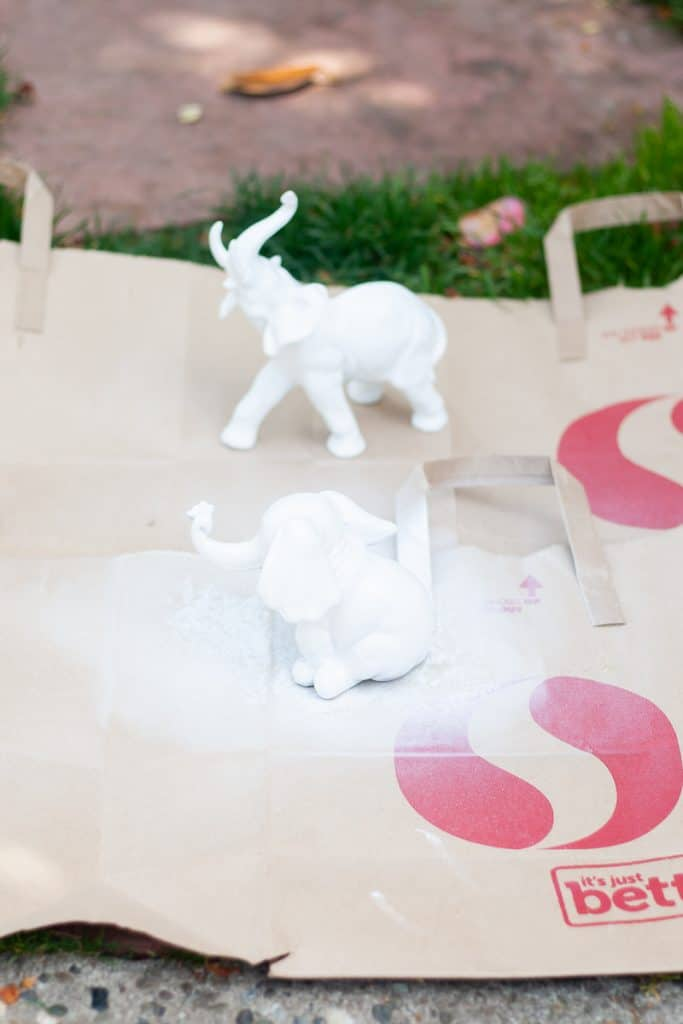 Spray painting Elephants