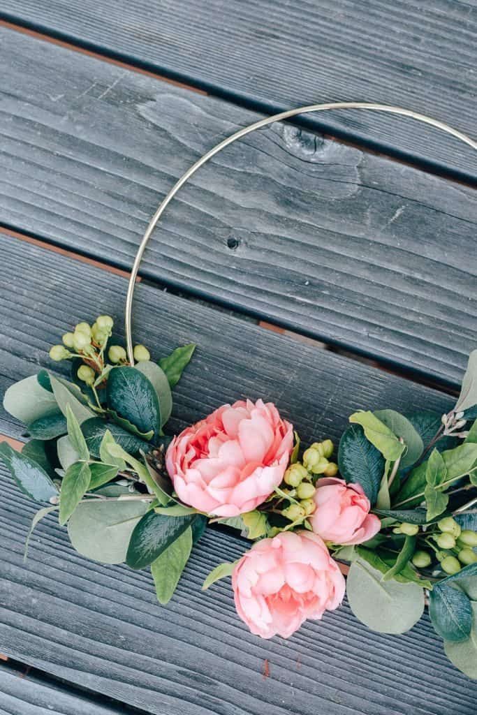 DIY Hoop Wreath for Summer with Florals