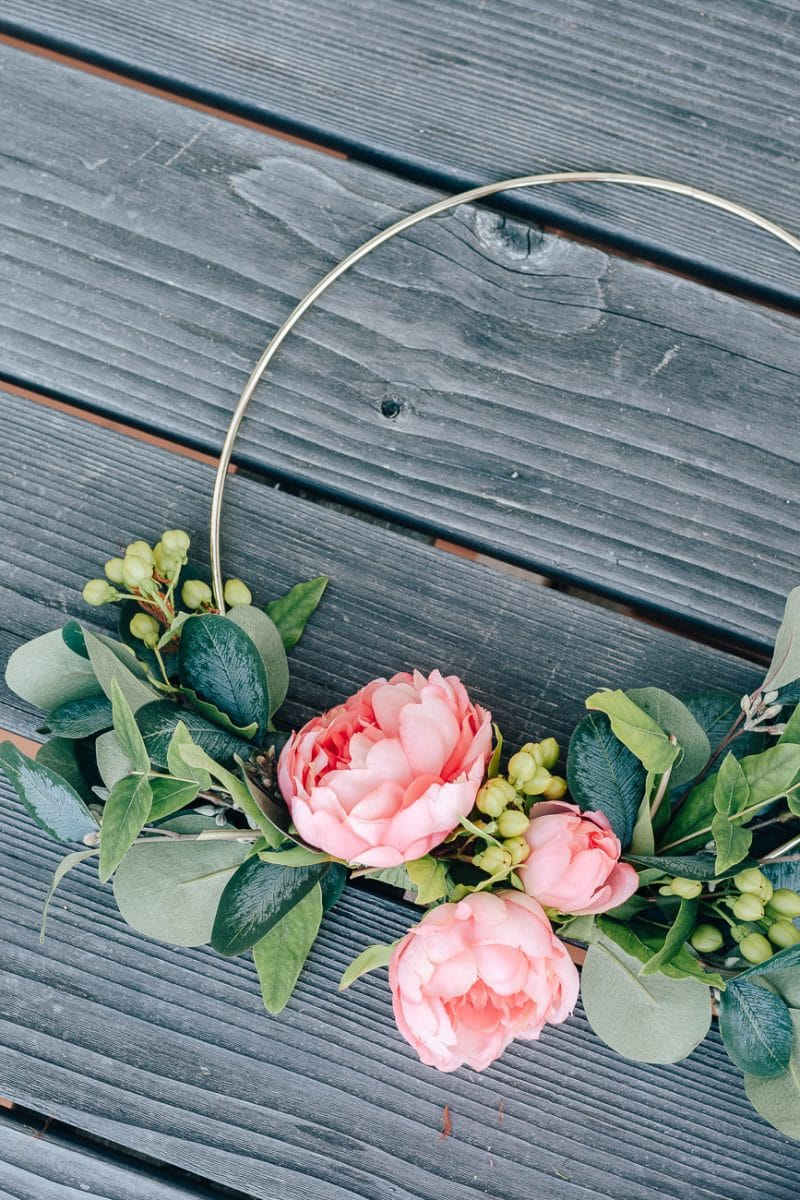 Beautiful Diy Hoop Wreath For Summer Decor Hint