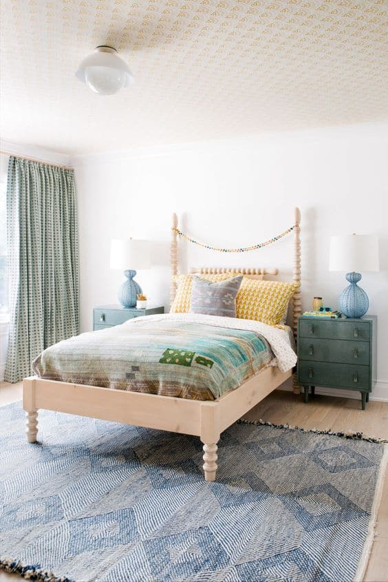 There is something so fun and liberating about decorating a kids room. You can go wild with colors and patterns. You can use toys as decor. Make it whimsical and romantic. Or make it masculine and modern. They all work in their own special way.Check out these amazing kids room ideas