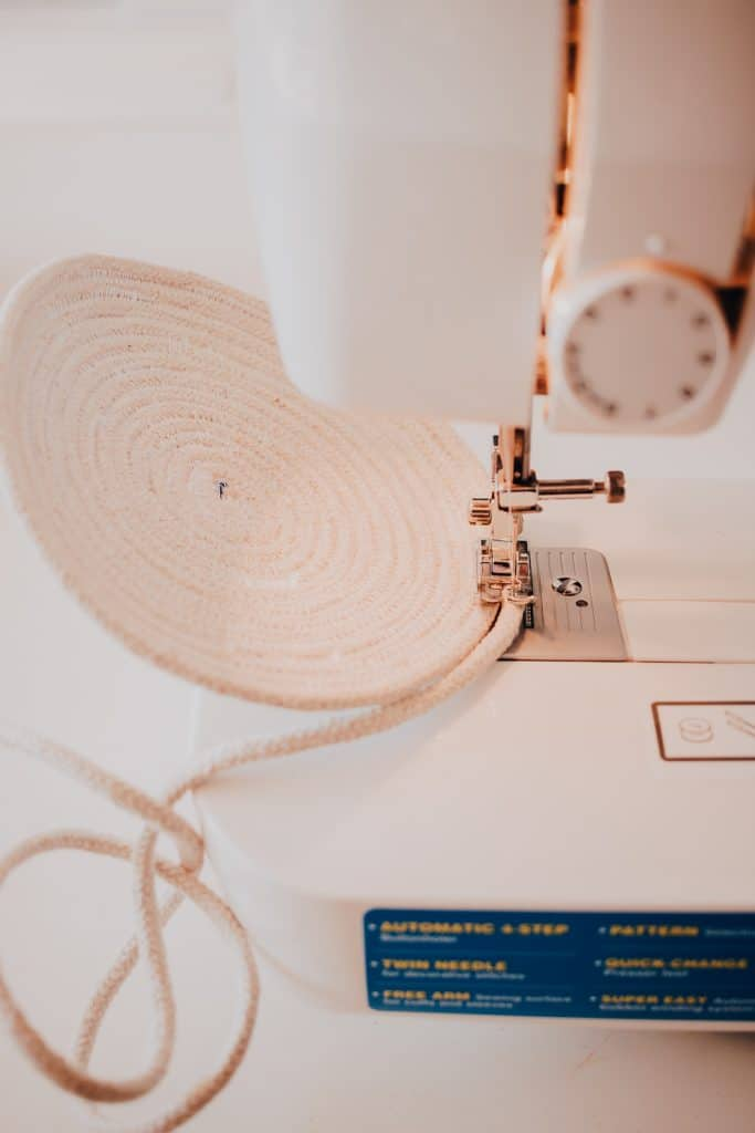 Use your sewing machine to make stylish Rope Baskets
