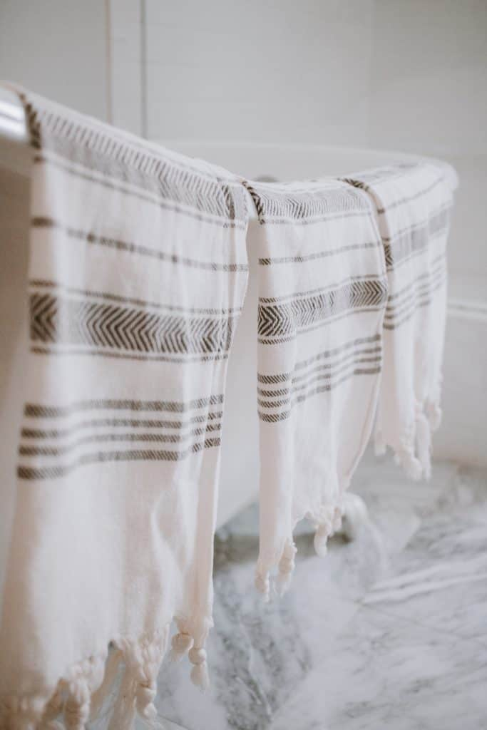 DIY Hand Towels with Loops