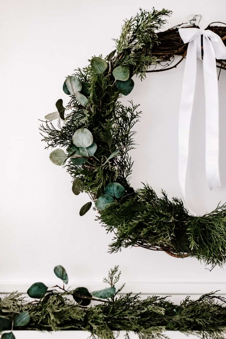 DIY Evergreen Wreath you Can Make in 10 Minutes