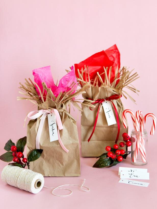 brown paper wrapping ideas - brown ruffled bags