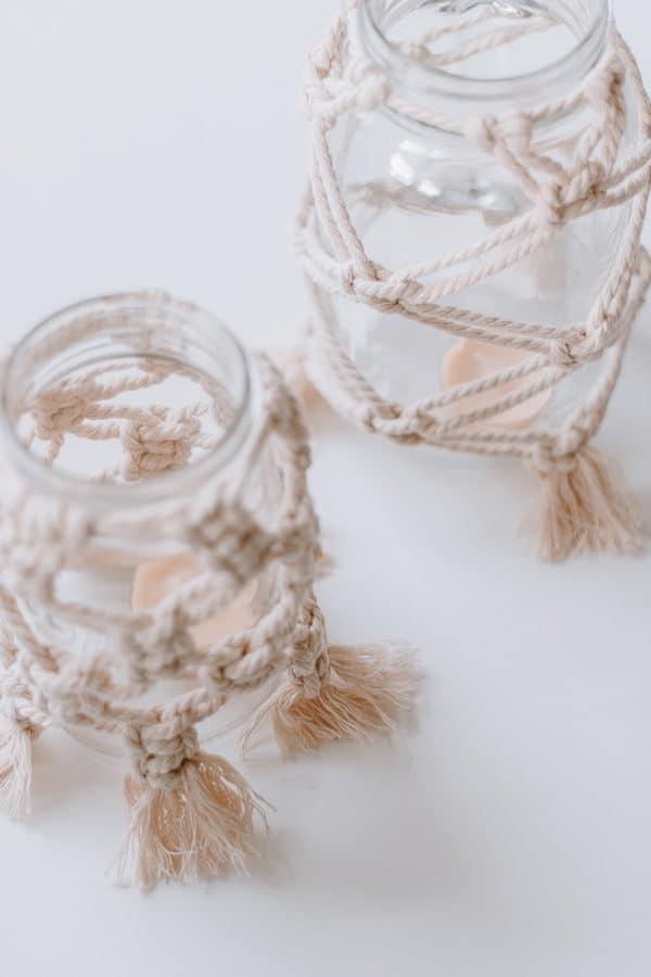 Make these macrame mason jars.  A quick DIY! #Macrame #macrameknots # macramediy