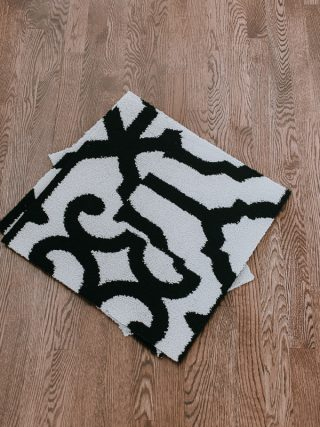 How to Cover an Ugly Floor!