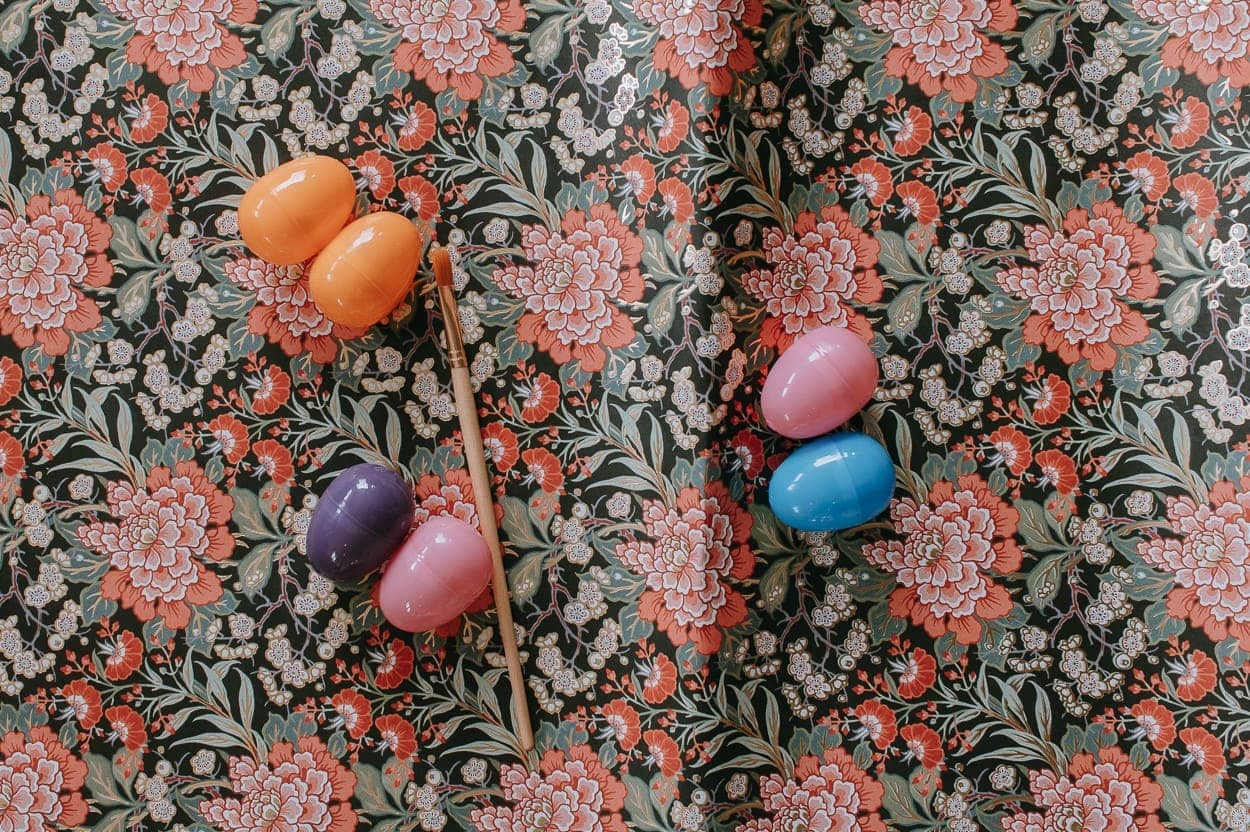 Happy Easter Craft with Mod Podge - This is one of those easy Easter crafts and kid friendly too. I'm always struggling for Easter decor that isn't too cheesy or expensive. These look great thrown in a bowl as part of your Easter decor. Plus - I just love pretty paper. Like, really pretty paper.