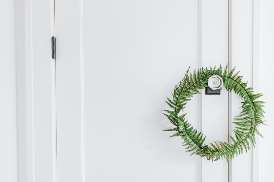 DIY Spring Fern Wreath - easy and inexpensive to create and adds a great Spring touch around the home