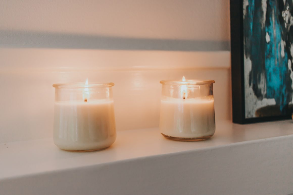 Soy candles with essential oils DIY