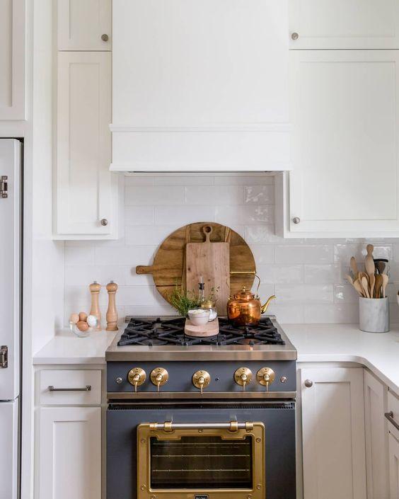Kitchen Stove - La Cornue