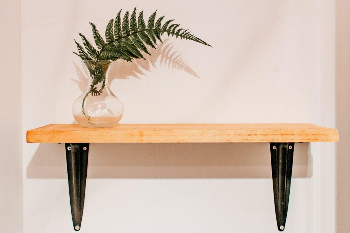 Step by Step - How to Make a Wood Wall Shelf
