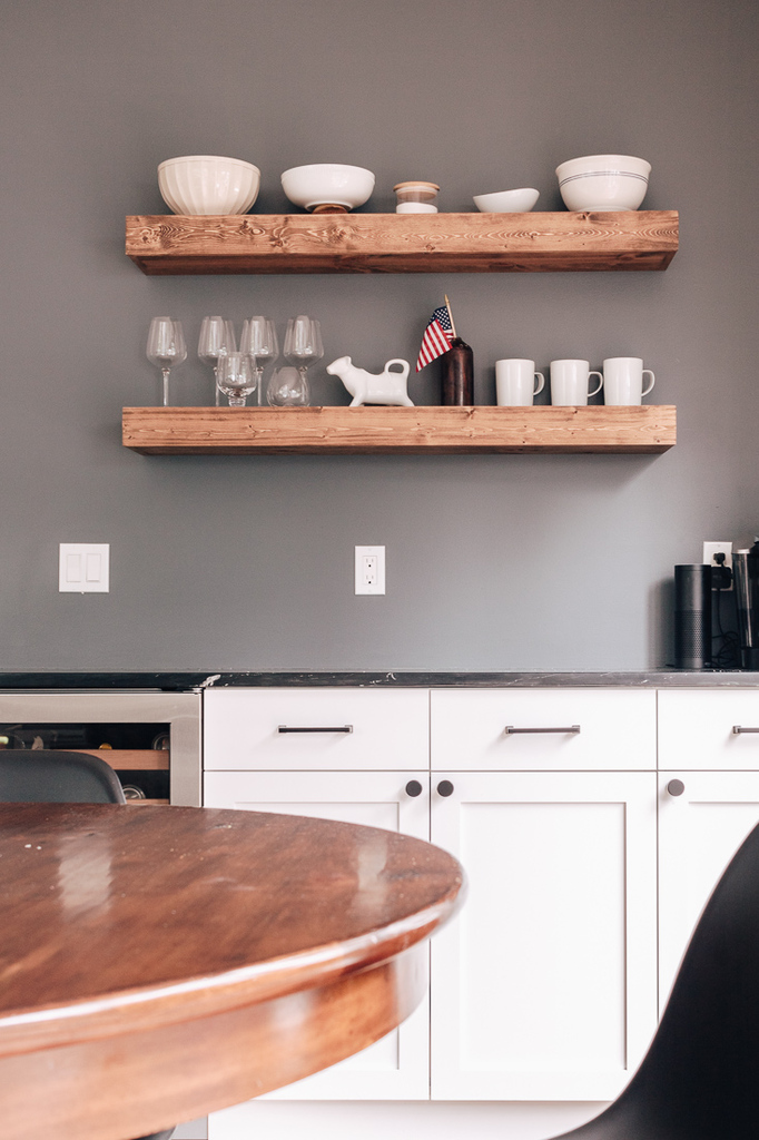 open kitchen shelving with gray blue accent wall - inexpensive home decor finds from Amazon and other stores!  Check out this post! #homedecorideas