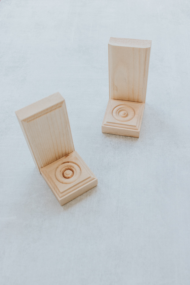 12 Easy Wood Projects for beginners - Looking for some easy wood projects that you can finish up in a day?