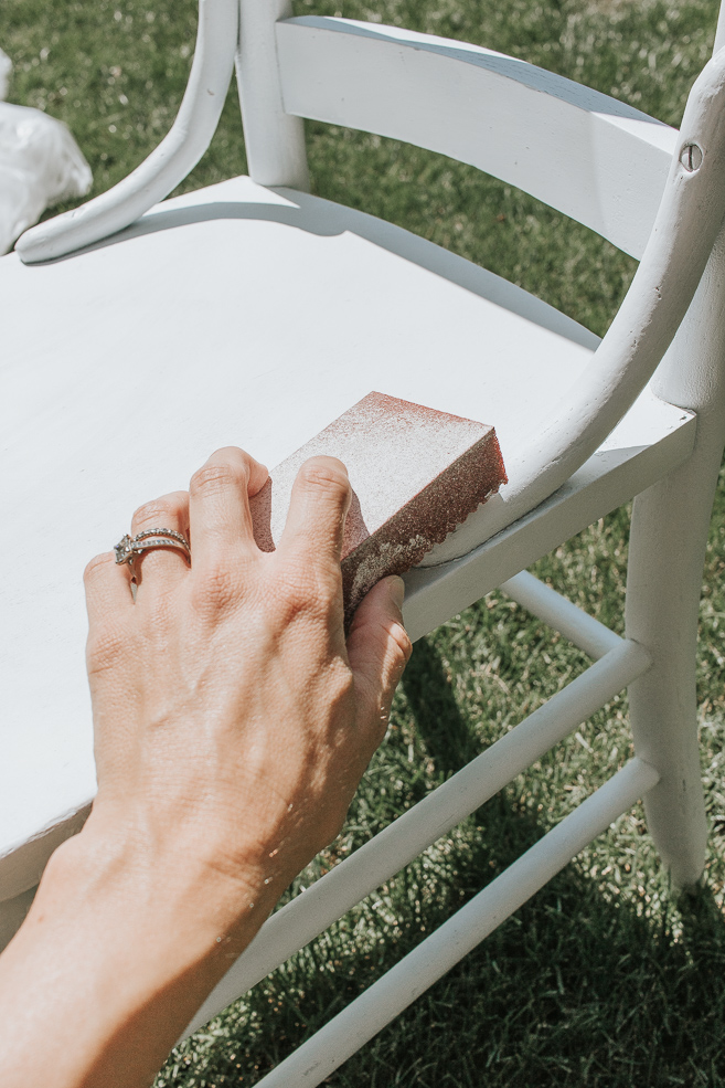 How to Distress Chalk Spray Paint