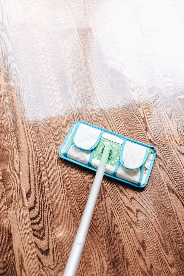 What to Use to Clean Hardwood Floors - Ever wonder what to use to clean hardwood floors?  This is a guide to cleaning your hardwood floors like a Pro.