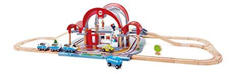 Hape E3725 Grand City Station Railway Playset