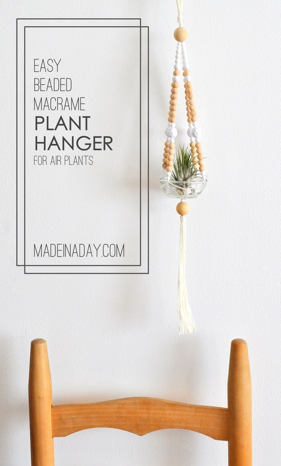 16 Awesome Beginner Macrame Projects - New to macrame? You're in luck. These beginner macrame projects are perfect if you're just starting out.