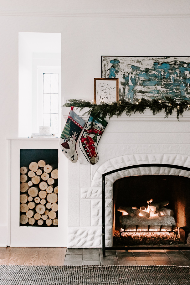 Mantel Decor garland Christmas stockings Gas Fireplace