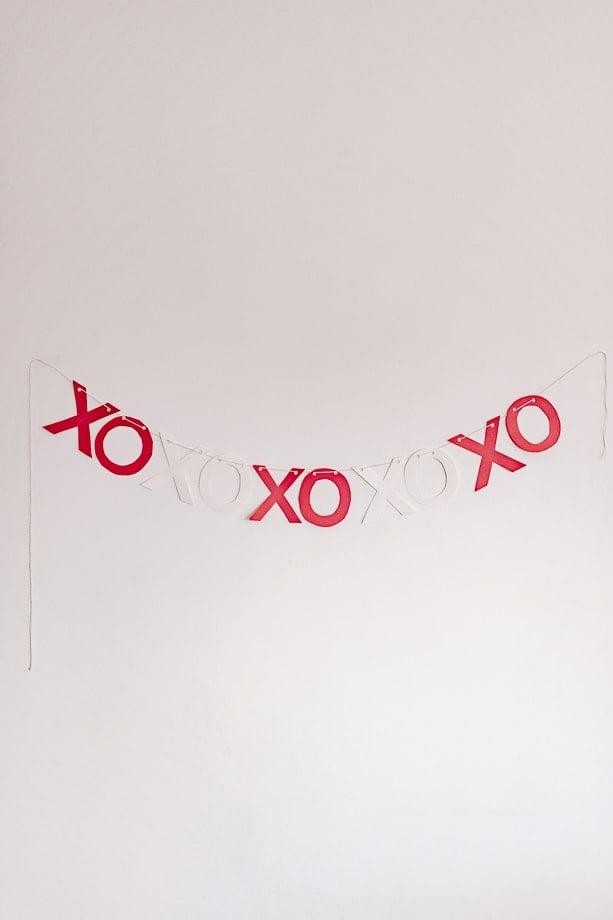 valentines' day garland diy