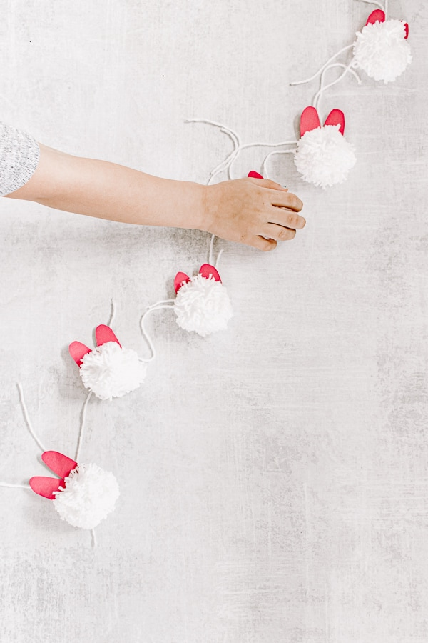 White and Pink Festive Easter Bunny Garland DIY
