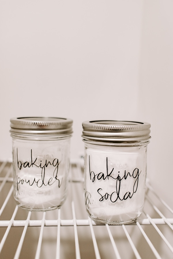 small mason jars of baking soda and baking powder