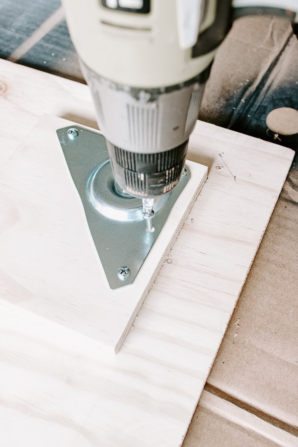 drilling in top plates for table legs