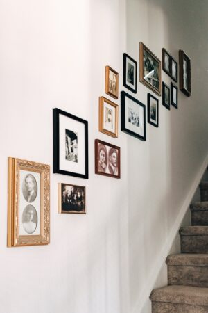 hanging pictures with command strips