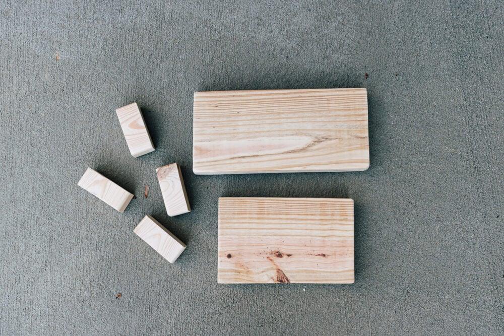 Scrap pine wood - how to make a DIY wood pedestal - full tutorial in post!