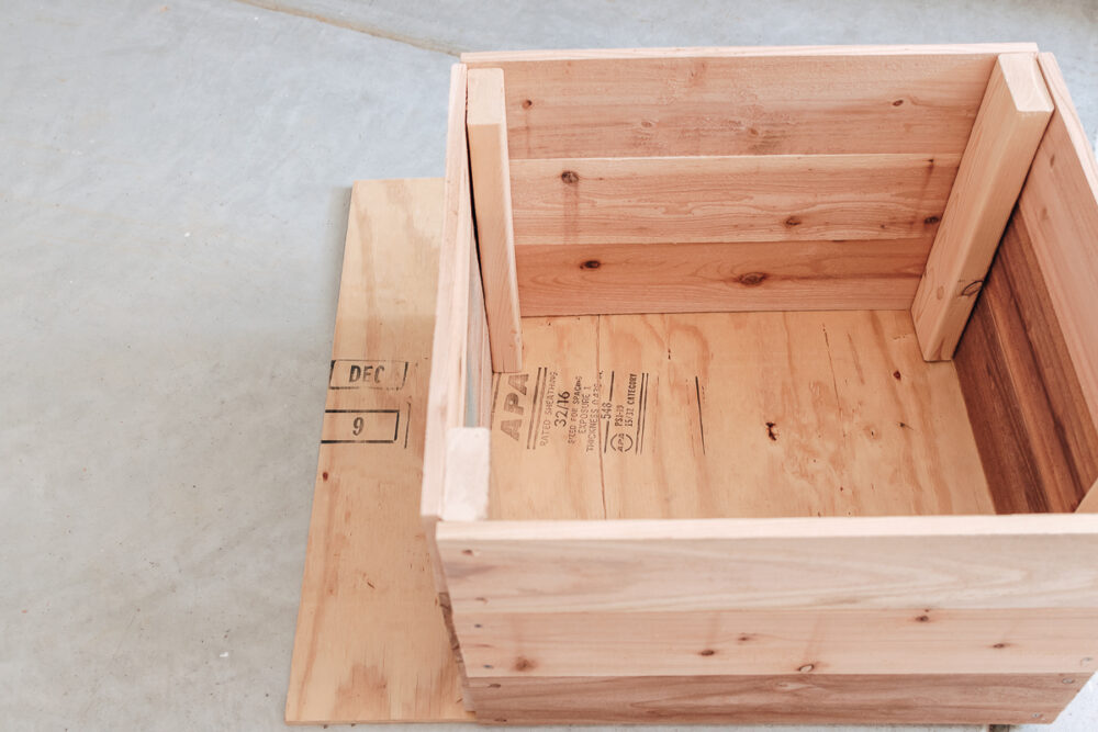 easy diy toy box on wheels - get the full tutorial in the post!