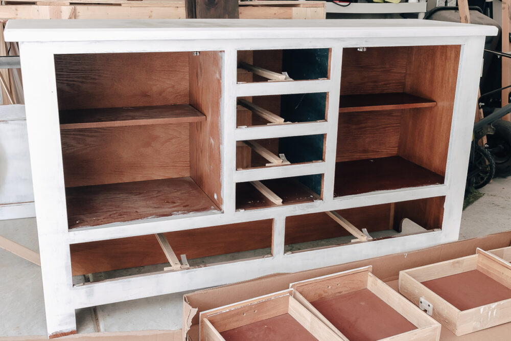 primer applied to wood furniture