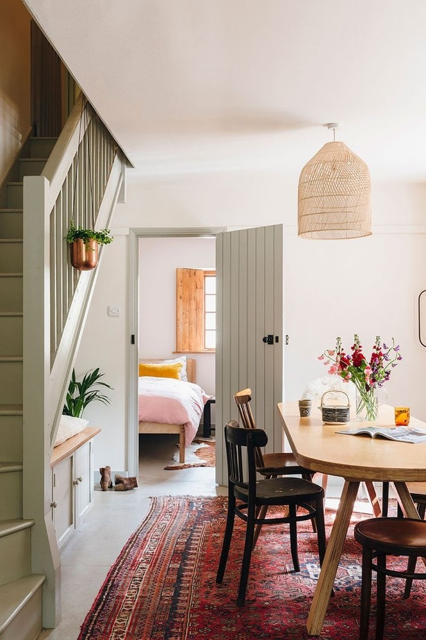 cottage style home - best of Pinterest - images that inspire me now.  Lobster and Swan