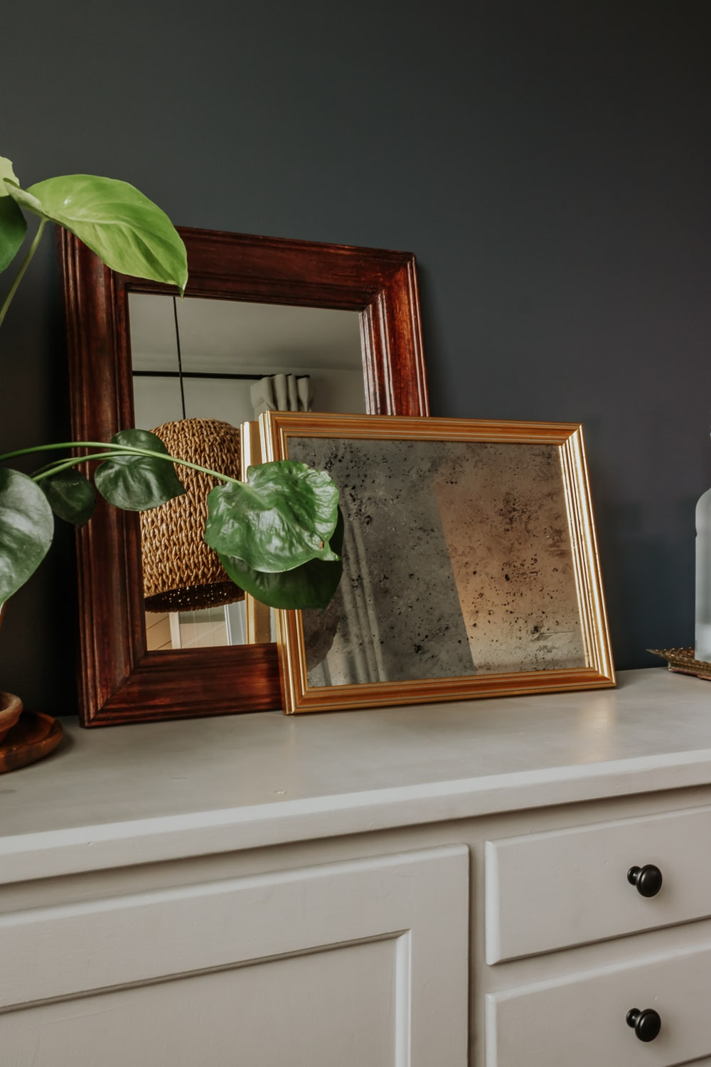 DIy Aged Mirror Tutorial - take any frame and turn it into a beautiful antique mirror!
