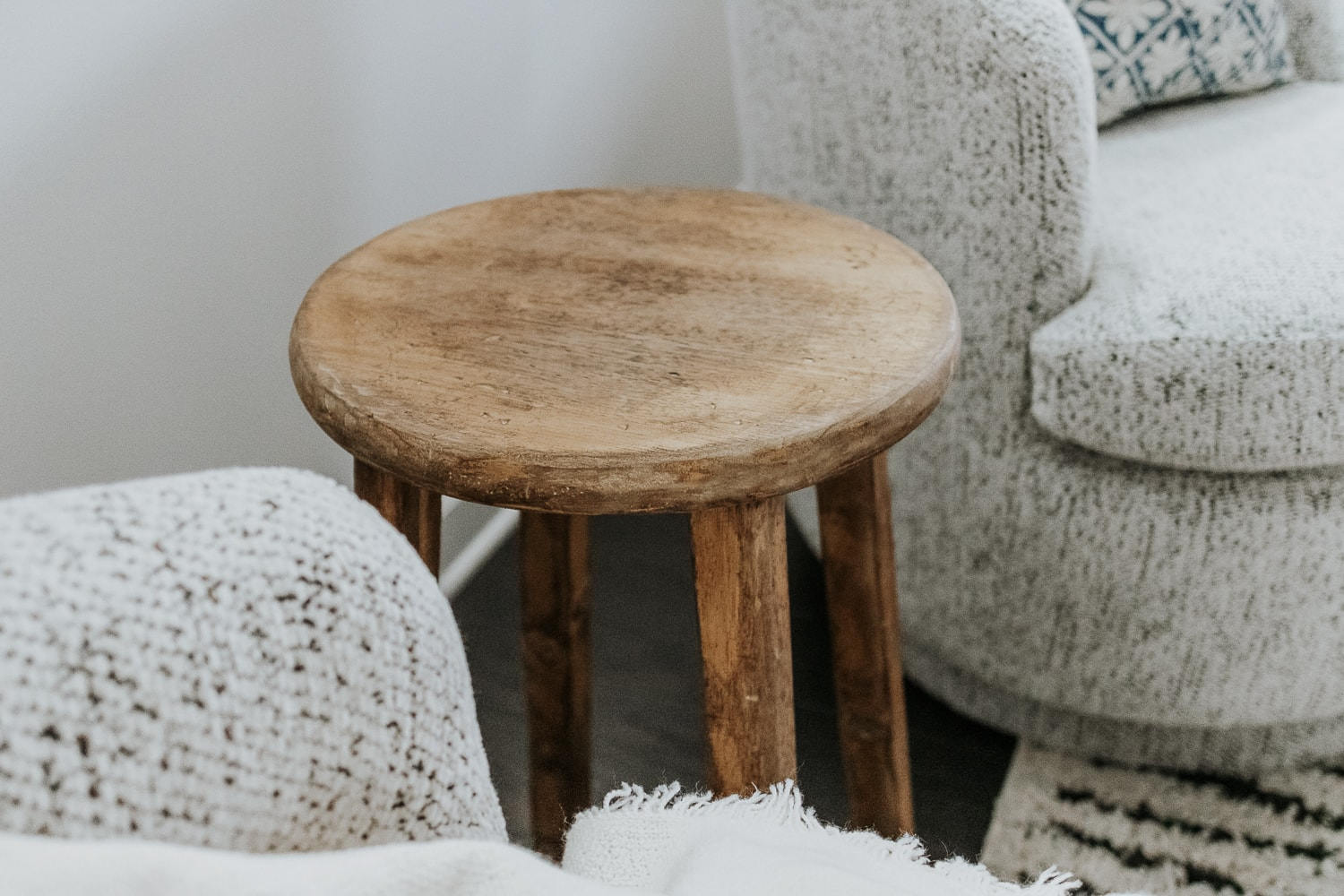 close up view of a rustic side table - full tutorial in post